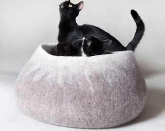 Tan Ombre Pet Bed / Dog Bed / Cat Bed / Cat Cave / Dog Basket / Pet House / Vessel - Hand Felted Wool - Crisp Contemporary Modern Design