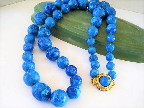 Blue Bead Necklace, Bright Blue Lucite Beads, Gold Tone Clasp, 30 Inches in Length,  Vintage Necklace