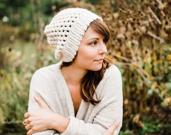 White Slouchy Hat / / Cream Puff Stitch Slouchy Beanie / / Ivory Crochet Slouchy Beanie