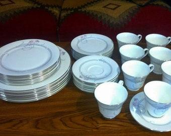 40 Piece ROYAL DOULTON Fine English Bone China ALLEGRO H5109 Dinnerware Set Full 5 Piece Service Set for 8 Made in England ca. 1985-1997 & Royal doulton china | Etsy