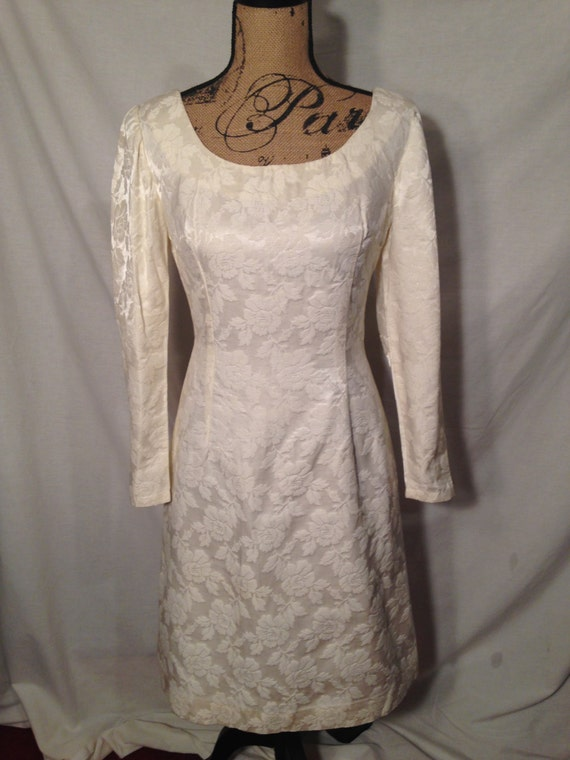 Vintage White Long Sleeve Dress with Roses