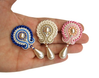 Soutache earrings - great wedding idea for bride and bridesmaids - perfect for friends or sisters - Handmade Jewelry - Mystic Flowers Pearl