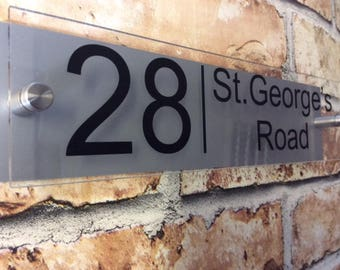 MODERN HOUSE SIGN Plaque Door Number House Name Glass & Aluminium effect - personalised - 300mm x 75mm