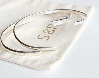 Silver Asymetrical Geometric Bracelet - LIANA Bracelet - Faceted Silver Cuff - Hammered Forged Silver - Simple Thin Cuff