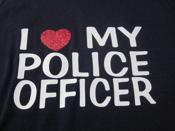 私は警察官が大好き