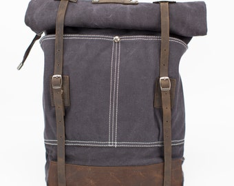 Bikers' Vintage Style Leather Canvas Backpack (Gray)
