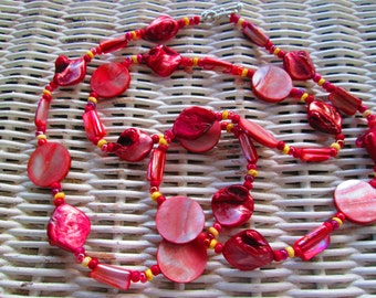 503  Red shell and mother of pearl handmade beaded necklace