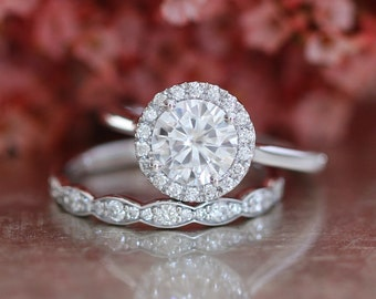 Forever One Moissanite Engagement Ring and Scalloped Diamond Wedding Band Bridal Set in 14k White Gold Halo Diamond Ring 7mm Round Cut Stone