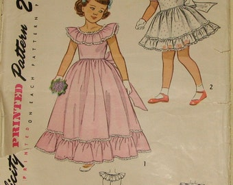 Girls Party Dress 1940s Vintage Sewing Pattern SIMPLICITY 2686