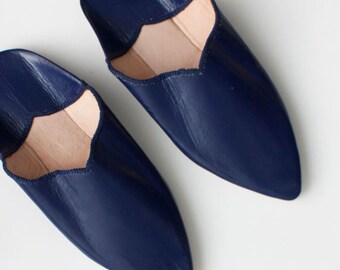 Women's Leather Slippers || Traditional Moroccan Pointed Babouche || Dyed With Natural Colour || Cobalt