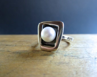 Modern Pearl Ring - Sterling Silver and Freshwater Pearl Ring with Black Patina