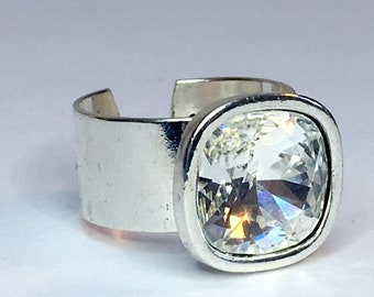 SQUARE SWAROVSKI RING crystal clear adjustable statement ring silver plated art deco art nouveau boho futuristic seventies 12 mm stone
