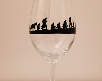Lord Of The Rings: The Fellowship Of The Ring silhouette wine glass