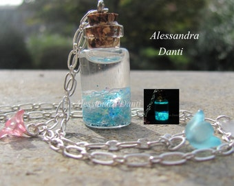 Glow in the dark necklace ''Stardust'' Color: Heavenly