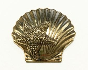 Metal Sea Shell with Starfish Embellishment (12 pcs)