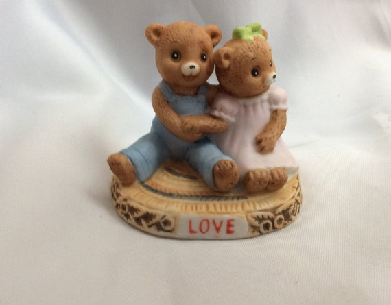 Honey Bears by Geo Z. Lefton Co 1983, LOVE bears, perfect for your Valentine, Honey Bears 03793