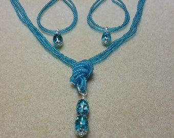 Turquoise Colored Necklace Set