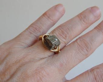 Gold wire wrapped pyrite nugget ring, boho style, everyday ring, festival chic jewelry, nugget ring, neutral, trendy jewelry