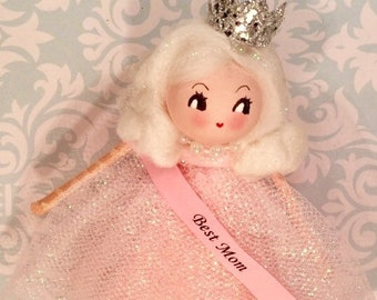 Best mom doll ornament Mother's Day decor Mother's Day gift mom ornament blonde  doll vintage retro inspired pink