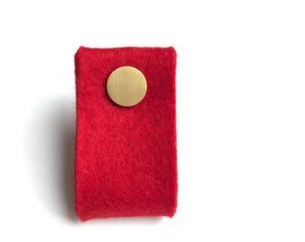 poignée de porte en rouge