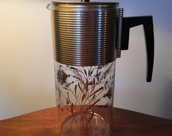 1960s David Douglas Flameproof coffee carafe with brilliant gold wheat design