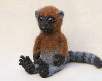 Amigurumi crochet monkey lemur pattern