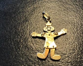 Vintage 18 k gold moveable clown  pendant with diamond eyws
