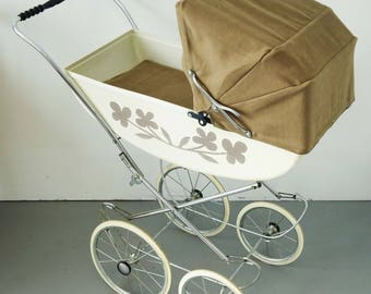 Restored vintage doll carriage