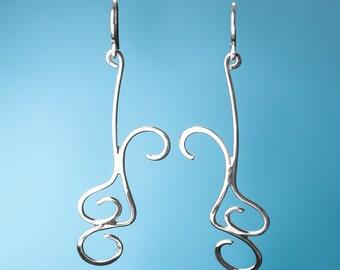 Silver earrings AINE101A. Light silver earrings.