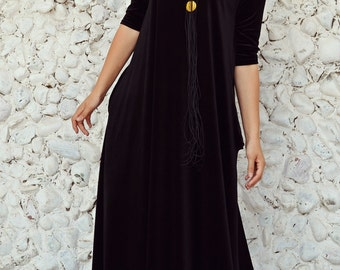 Extravagant Velvet Kaftan / Long Velvet Dress / Black Velvet Dress / Flared Velvet Dress / Black Velvet Vintage Look TDK191