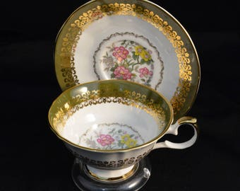 Elizabethan Staffordshire Tea Cup ,  Hand Decorated Tea Cup and Saucer , Tea Cup and Saucer , Tea Cup and Saucer Set , Tea Cup Vintage