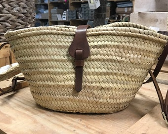 Handbag Valeria. Valeria bag. Bags lovers. Summer bags. Wicker Carrycots. Beach