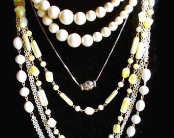 Destash 5 Necklaces Lot Vintage All Wearable Excellent Condition To Wear For Resale 1950s - 1980s