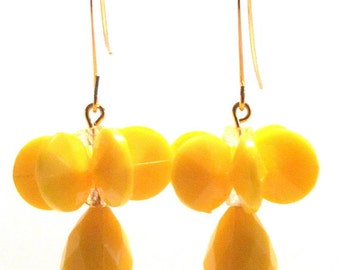 Handmade Primrose Yellow Faceted Flower Bead Dangle Earrings