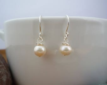 Fresh Water Pearl and Sterling Silver handmade earrings