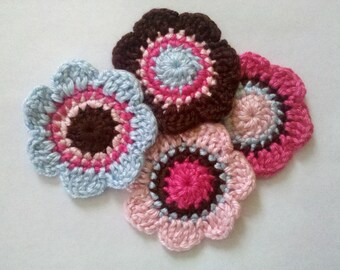 Set of 4 Crochet Flower Appliques Craft Trim