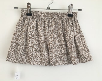 The rose pattern skirt   20%OFF