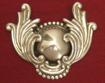 RESERVED StSteve 'till 12/14 LOS CASTILLO Sterling Silver Brooch. Lg. Wings Around Dome Center. Much Depth/Detail.  1940's Signed Vtg. Piece