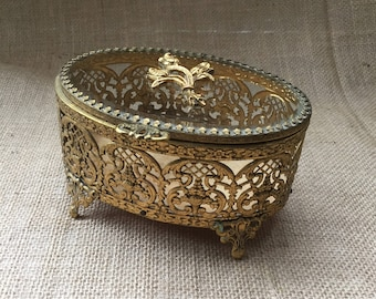 Vintage Gold Filigree Jewelry Box--Gold Ormolu Jewelry Box--Ornate Jewelry Casket--Gold Metal Oval Jewelry Box