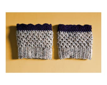 Handmade Scallop Boot Cuffs / Cozy Crochet Boot Toppers / Cute Winter Accessory