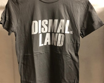 Adult  (Small) - Grey : Banksy - Dismaland T-Shirt (1086)