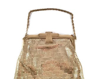 "Gold Mesh Whiting and Davis Clutch Apricot Satin Interior ""WHITING & DAVIS CO Mesh Bag"", ""Trade Mark Reg.""  ""Made In  U.S.A Vintage Purse"