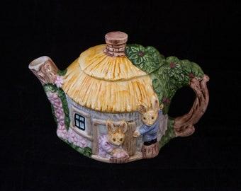 Large Rabbit Teapot
