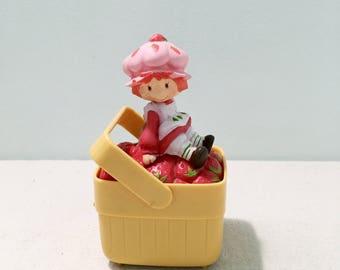 Vintage Strawberry Shortcake Basket Music Box