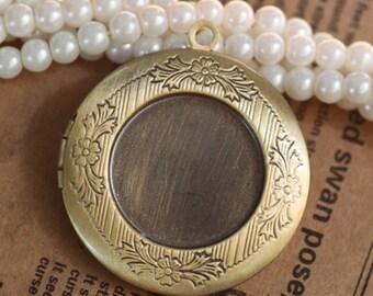 10pcs/lot Locket pendant, vintage style pendant, Antique Bronze- Lockets for Women-32mm