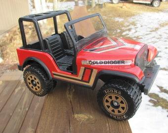 Vintage Tonka Jeep Toy, Red Tonka Jeep
