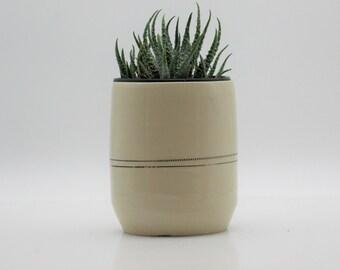 White ceramic planter, Indoor planter, Modern planters, Housewarming gift, succulent gifts, Handmade pottery, Handmade gifts, succulent pots