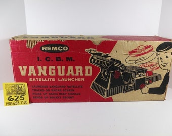 1960's Remco Vanguard ICBM launcher set