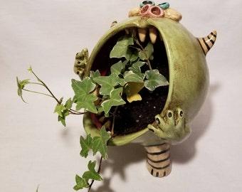 Green open mouth monster planter
