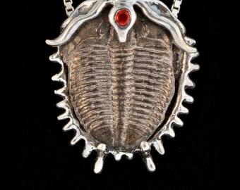 Trilobite Necklace Fossil Jewelry Ocean Life Necklace Trilobite Pendant Fossil Necklace Prehistoric Dinosaur Jewelry Geological Jewelry